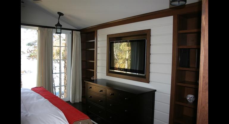 Thumbnail Elegant Installed Bedroom Surround Sound System